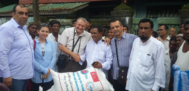 Humanitarian Assistance from TIKA for 700 Thousands People in Arakan  - 3
