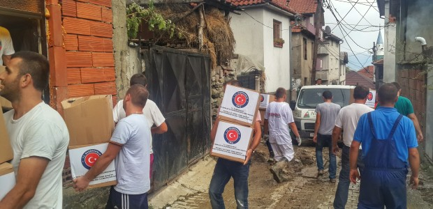 TIKA picks up the pieces of Macedonia after the flood disaster - 1