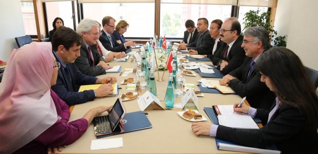 BM Genel Sekreter Yardımcısı ve İnsani Yardımlar Koordinatörü Stephen O'brien'dan TİKA'ya Ziyaret - 1