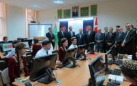 Türkmenistan Uluslararası İlişkiler Enstitüsü'ne Kurulan Kütüphane Hizmete Açıldı