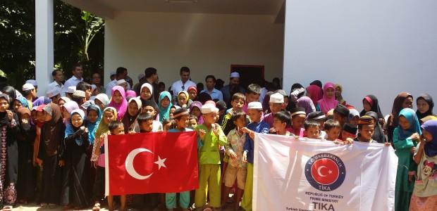 TİKA Kamboçyalı Çocuklar İçin Okul İnşa Etti - 3