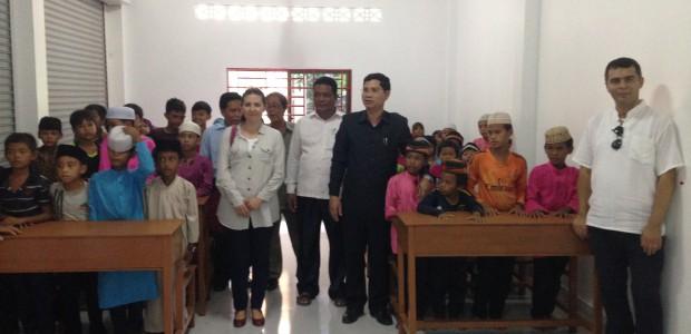 TİKA Kamboçyalı Çocuklar İçin Okul İnşa Etti - 4