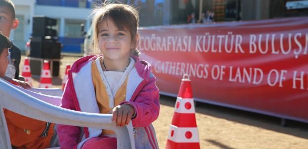 حافلة تيكا للثقافة والفنون تقدم عروضها في جمهورية قبرص التركية - 7