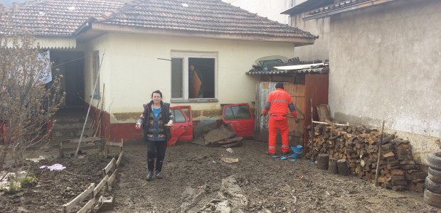 TİKA Assists Flood Victims in Novi Pazar, Serbia - 4