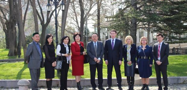 نقل التجربة  التركية في مجال المتاحف في تركيا الى موظفي وزارة الثقافة الكازخستانية - 2