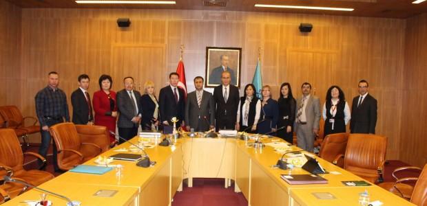 نقل التجربة  التركية في مجال المتاحف في تركيا الى موظفي وزارة الثقافة الكازخستانية - 1