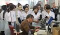 ورشة تدريبية في معمل الخياطة العسكرية لموظفي القوة العسكرية القيرغيزية - 4