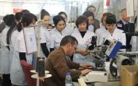 ورشة تدريبية في معمل الخياطة العسكرية لموظفي القوة العسكرية القيرغيزية