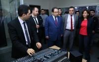 تيكا تأسس ستديوهات تلفيزيونية في جامعة باكو الحكومية في اذربيجان