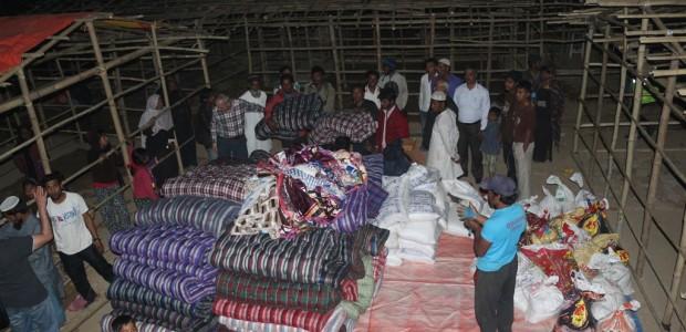 وكالة تيكا تقدم مواد ومساعدات إنسانية لمسلمي اراكان في نيبال  - 2