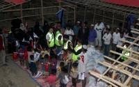 وكالة تيكا تقدم مواد ومساعدات إنسانية لمسلمي اراكان في نيبال