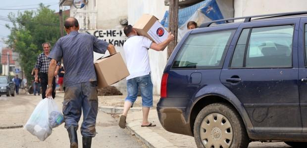 Turkish Aid Welcomed in Flood Hit Macedonia - 4
