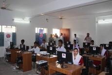Bangladeş'te Morshed Alam Lisesi'ne Digital Sınıf Kuruldu