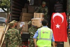 تيكا التركية توزع مساعدات اغاثية على متضرري السيول في كولومبيا