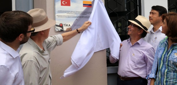 Colombian President Inaugurates Rural School Built by TİKA - 1