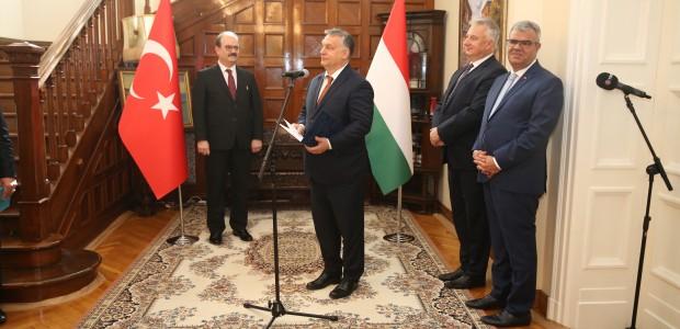 Macaristan Hükümeti Liyakat Nişanı TİKA Başkanı Dr. Serdar Çam'a Verildi  - 6