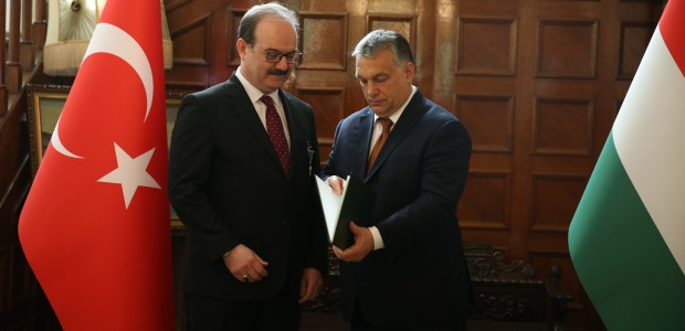 Macaristan Hükümeti Liyakat Nişanı TİKA Başkanı Dr. Serdar Çam'a Verildi  - 9