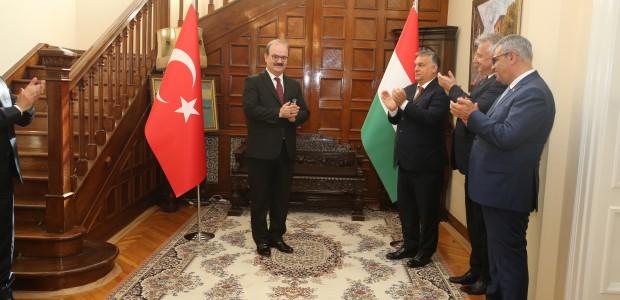 Macaristan Hükümeti Liyakat Nişanı TİKA Başkanı Dr. Serdar Çam'a Verildi  - 13