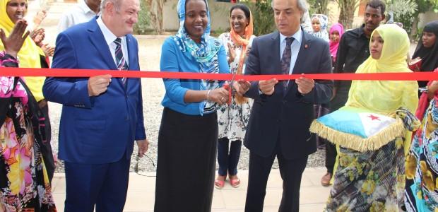 """تيكا التركية تفتتح مركز يحمل اسم أحد شهداء """"15 تموز"""" في جيبوتي  - 3"""