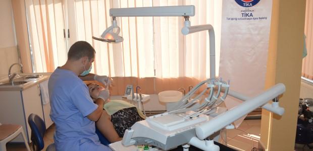 """""""تيكا"""" التركية تقدم مساعدات طبية لمؤسسة في كوسوفا - 6"""
