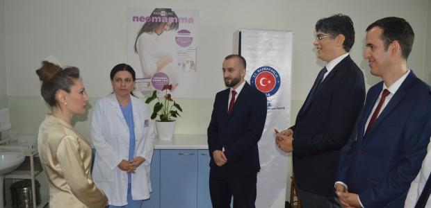 """""""تيكا"""" التركية تقدم مساعدات طبية لمؤسسة في كوسوفا - 5"""