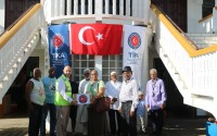"""""""تيكا"""" التركية ترسم البسمة على وجوه مسلمي سورينام في العيد"""