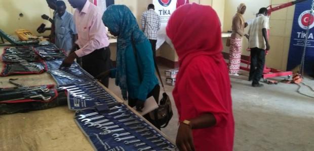 Sudan'da Güney Kordofan Eyaleti Teknik Fakültesi Mesleki Eğitim Atölyelerine Ekipman Desteği - 4