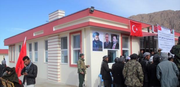 """""""تيكا"""" التركية تفتتح مركزًا طبيًا في """"بلخ"""" شمالي أفغانستان - 4"""