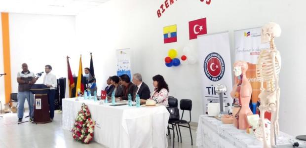 TİKA'dan Ekvadorlu Öğrencilere Deney Ekipmanları Desteği - 2