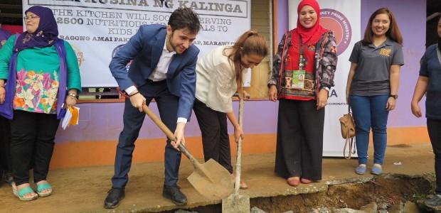 """""""Haydi Çocuklar Doysun Marawi"""" Beslenme Projesi - 4"""