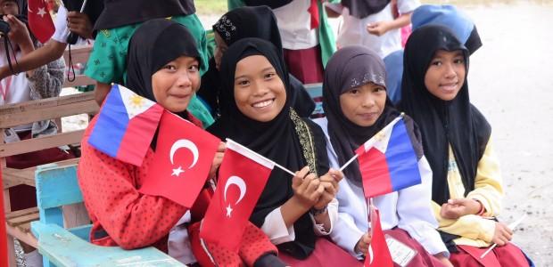 """""""Haydi Çocuklar Doysun Marawi"""" Beslenme Projesi - 1"""