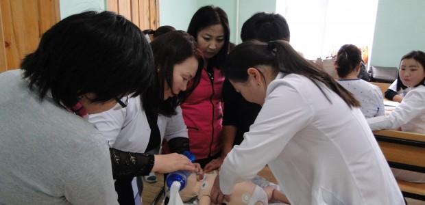 """""""تيكا"""" التركية تقيم دورة تدريبية لأطباء وممرضين في منغوليا - 3"""