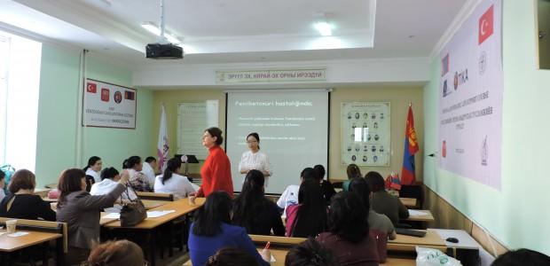 """""""تيكا"""" التركية تقيم دورة تدريبية لأطباء وممرضين في منغوليا - 4"""
