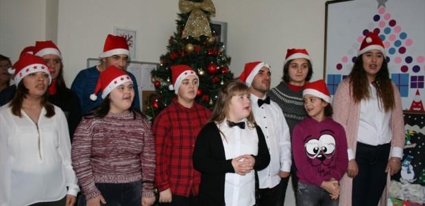 تيكا التركية تؤسس غرفة إثارة حسية للأطفال المعاقين في كوسوفو - 3