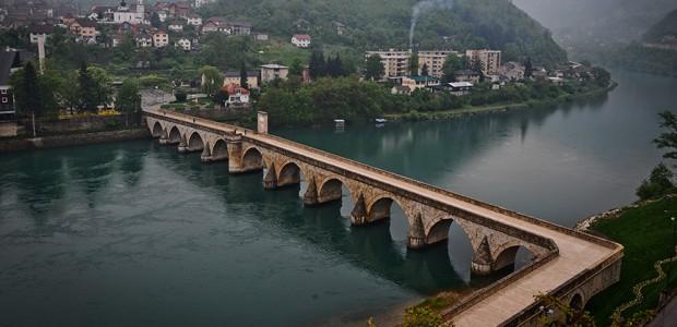 تيكا التركية تستكمل ترميم جسر درينا في البوسنة  - 2