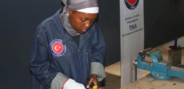 TİKA Türkiye'nin Mesleki Eğitim Tecrübelerini Mozambik'e Aktarıyor - 7