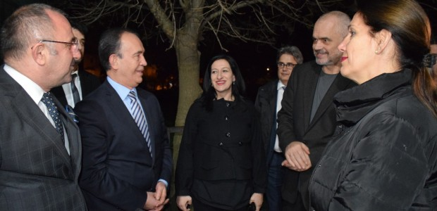 Arnavutluk Başbakanı Edi Rama Berat'ta TİKA'nın Restorasyon Projelerini İnceledi - 10