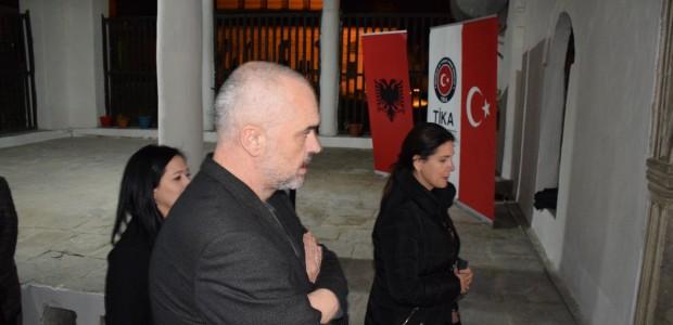 Arnavutluk Başbakanı Edi Rama Berat'ta TİKA'nın Restorasyon Projelerini İnceledi - 9