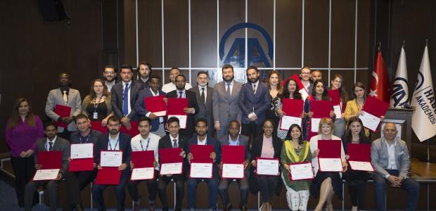 """TİKA ve AA'nın """"Diplomasi Muhabirliği Eğitimi"""" Mezunlarını Verdi  - 3"""