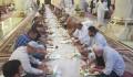 Irak'ın Necef Vilayeti Hazreti İmam Ali Camii'nde İftar - 2
