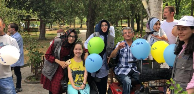 TİKA'dan Makedonya'daki Engelli Hastalara Nakil Aracı  - 2