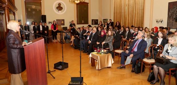 Emine Erdoğan Macaristan'da TİKA Programına Katıldı  - 2