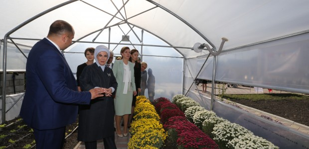 First Lady Emine Erdoğan Visited TİKA Projects in Moldova - 11