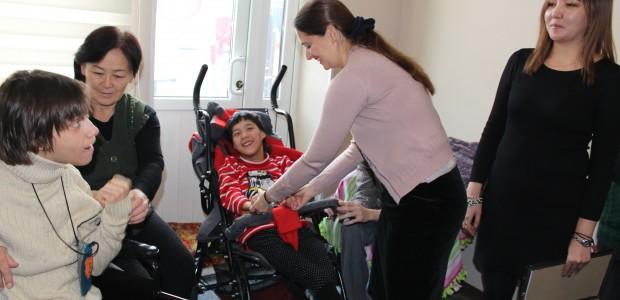 TİKA'dan Dünya Engelliler Günü'nde Kırgızistan'daki Engellilere Destek - 3