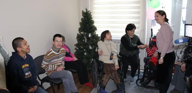 TİKA'dan Dünya Engelliler Günü'nde Kırgızistan'daki Engellilere Destek - 4