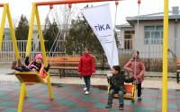 Afganistan'da Kadınlar Bahçesi için Çocuk Oyun Parkı ve Dinlenme Alanı