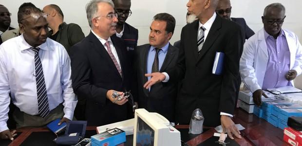 """""""تيكا"""" التركية تقدم معدات واجهزة طبية لمستشفى حكومي في الصومال - 2"""
