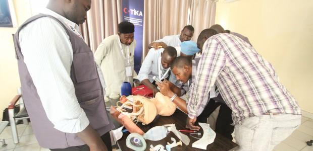 تيكا التركية تطلق دورات تدريبية لرفع القدرات الطبية في حالات الطوارئ - 6
