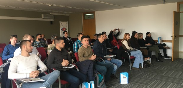 """""""تيكا"""" و""""تي آر تي"""" تنظمان دورات لتدريب منتسبي الإعلام من البلقان - 3"""