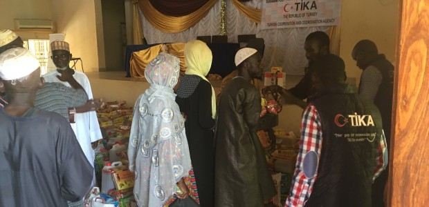 TİKA Provides Ramadan Food Aid to 1000 Families in Gambia - 4